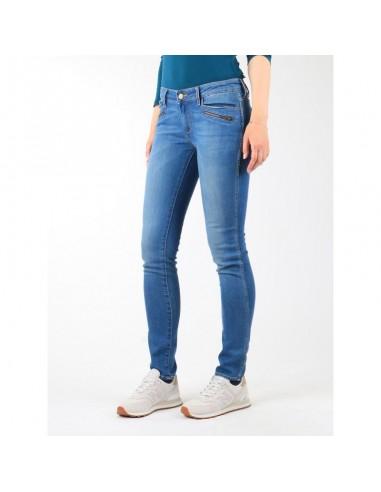 Wrangler Courtney Skinny Jeans W W23SJJ58V